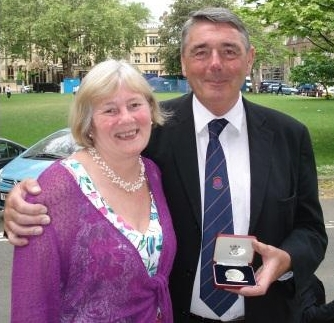 Dr William Lockitt receives Winston Churchill Silver Medallion